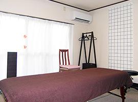 女性のための猫背・姿勢矯正専門 カラダケア整体院~個室風景